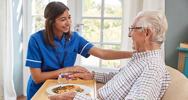 Rat und Tat Pflegezeit Leistungen Tagespflege
